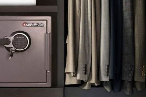 Guide to Buying Home Safes: How to choose the best home safe in 2021?
